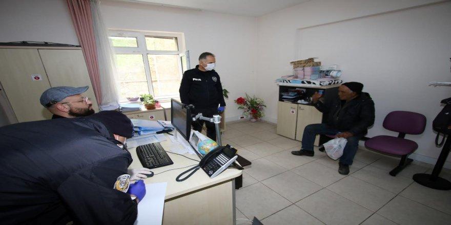 72 yaşındaki Atalay Amca Zabıta ekiplerini saatlerce peşinde koşturdu