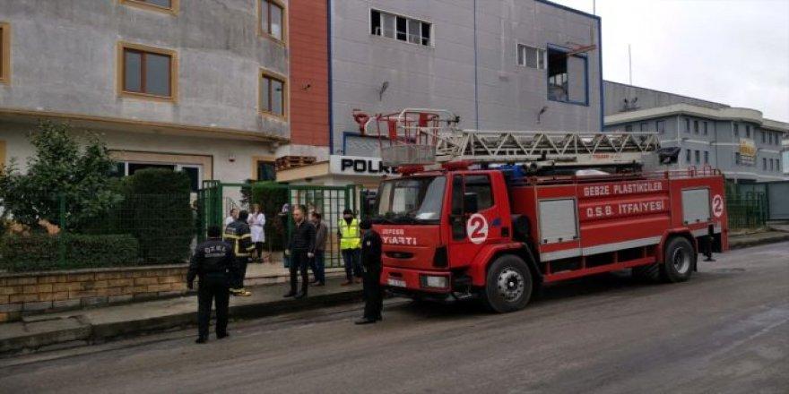 Gebze'de kimyasal yağ fabrikasında yangın çıktı