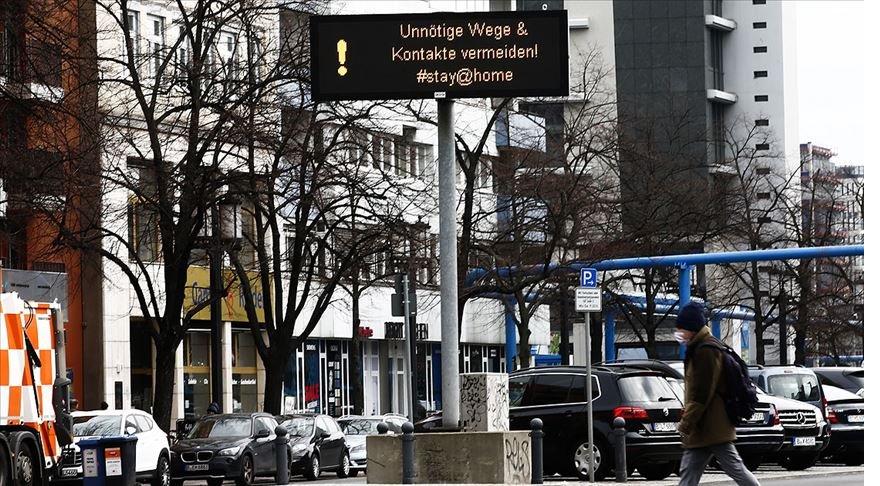 Alman bilim insanlarından 'Salgın kısıtlaması kademeli kaldırılsın' çağrısı