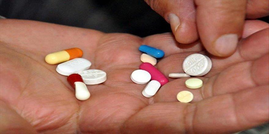 MS hastalarına Kovid-19 sürecinde ilaçlarının doktora danışmadan kesilmemesi uyarısı