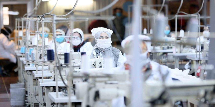 Büyükakın, ''Maske üretiminde kapasiteyi artırıyoruz''