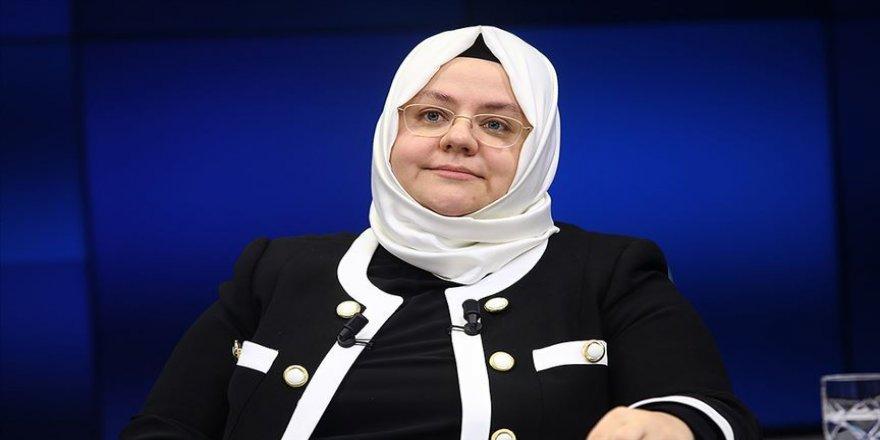 Bakan Selçuk: Kadına yönelik şiddetle mücadelemiz kesintisiz sürüyor