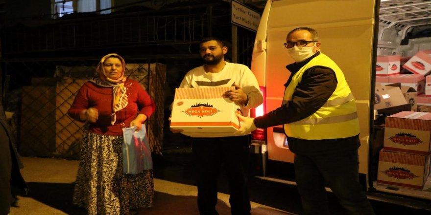 Kocaeli'de 50 bin gıda ve 15 bin Hijyen kolisinin dağıtımına başlandı