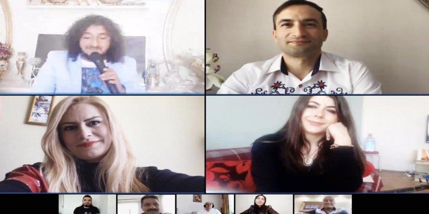 Anneler Gününde Mehmetçik'e Online Konser Verildi