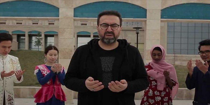 Mustafa Demirci 'Amin' eserine farklı ülkelerden öğrencilerle klip çekti