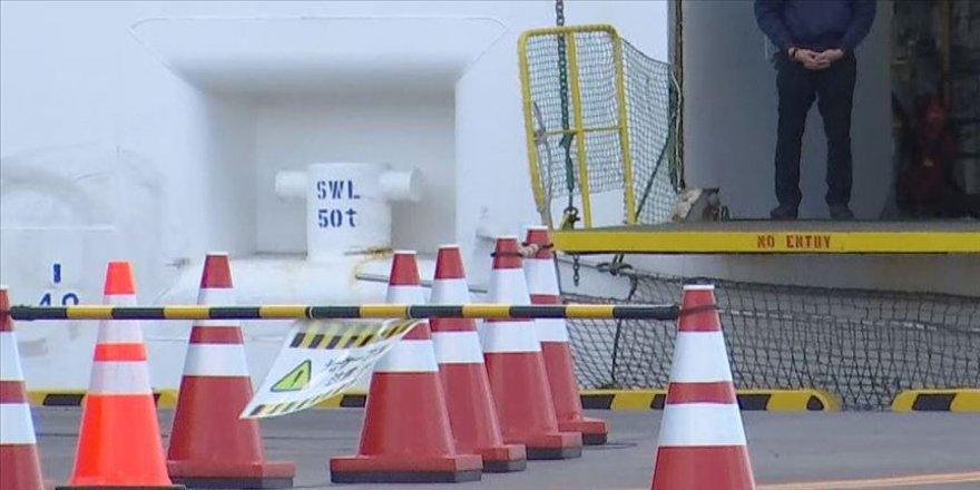 Barselona'da 400 yolculu kruvaziyer Kovid-19 nedeniyle karantinaya alındı