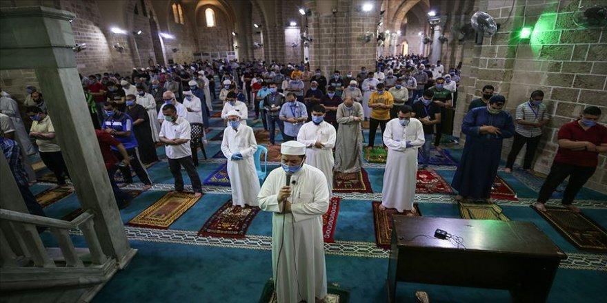 Arap ülkelerinden 15'i Ramazan Bayramı'nı Türkiye ile aynı gün kutlayacak