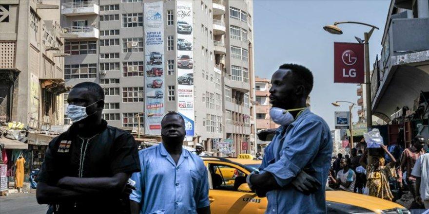 Afrika'da Kovid-19 vaka sayısı 100 bini aştı
