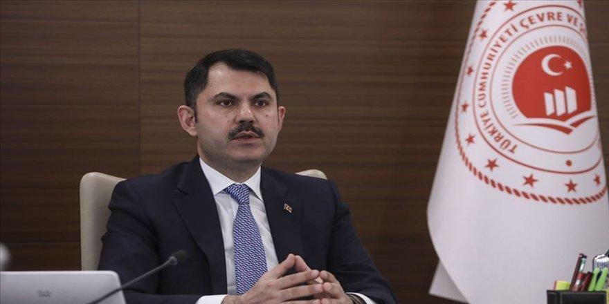 Çevre ve Şehircilik Bakanı Kurum: Evde olmamız, bayramı yaşamamıza engel değil