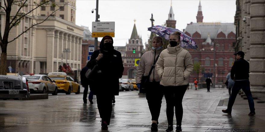Rusya'da Kovid-19 vaka sayısı 335 bini aştı