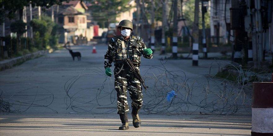 Cammu Keşmir'deki çatışmalarda iki kişi hayatını kaybetti