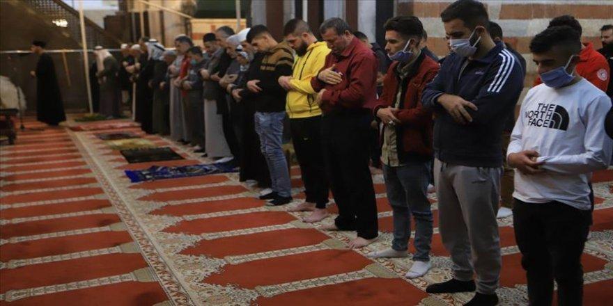 Batı Şeria'daki Harem-i İbrahim Camisi ve Doğuş Kilisesi ibadete açıldı