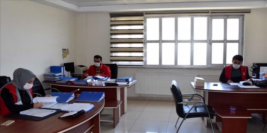 Muş'ta evden çıkmaları kısıtlananlara psikososyal destek hizmeti