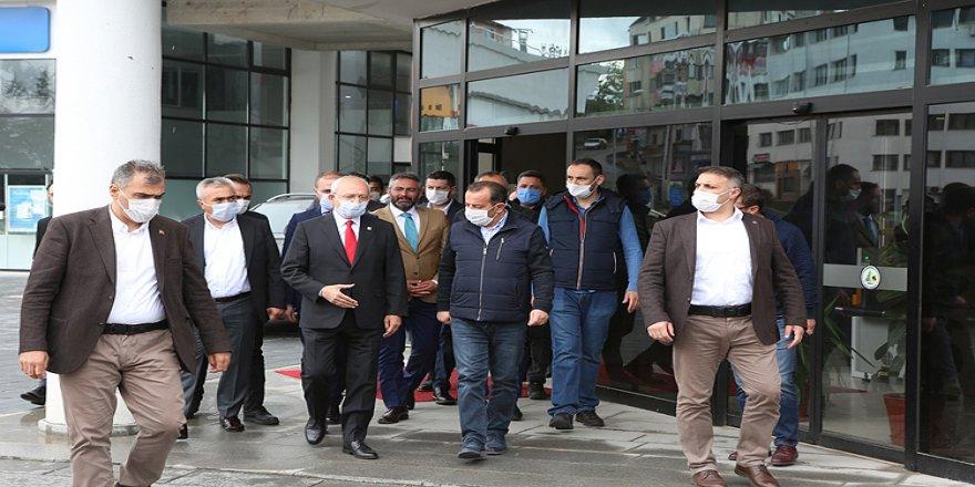 Kılıçdaroğlu'ndan Bolu Belediye Başkanı Tanju Özcan'a bayram ziyareti