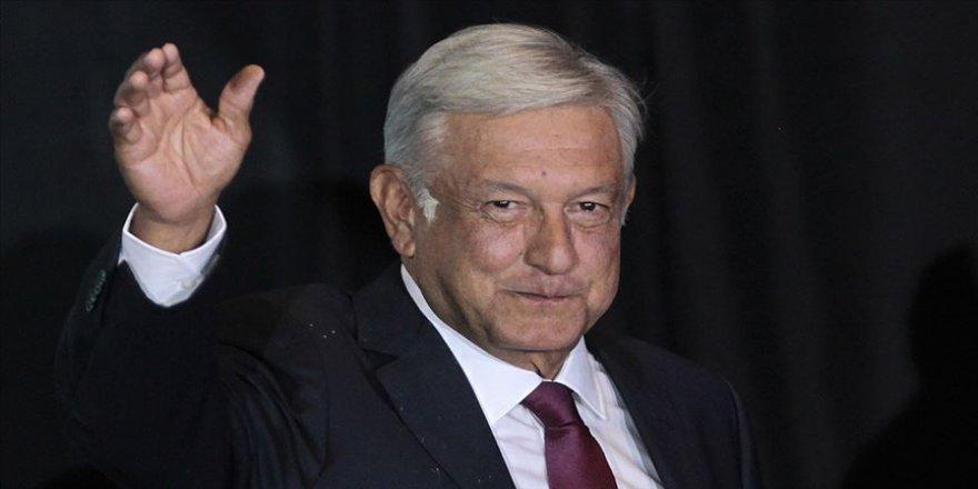 Meksika Devlet Başkanı Obrador Kovid-19 salgınına rağmen seyahatlerine başlıyor