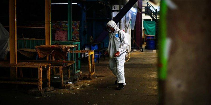 Meksika'da Kovid-19 nedeniyle son 24 saatte 447 kişi yaşamını yitirdi