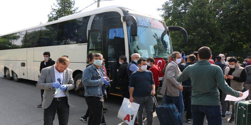 Kuzey Makedonya'daki Türk vatandaşları yurda dönüyor