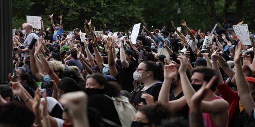 Pentagon'dan gösteriler için Minnesota Valisi'ne destek teklifi