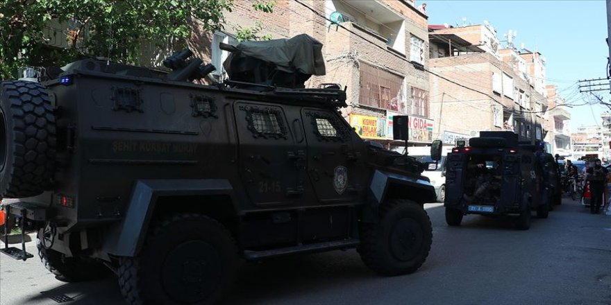 Diyarbakır'da polis memuru Arslan'ın şehit olduğu silahlı saldırının faili gözaltına alındı