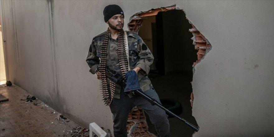 Libya ordusunun 7 mensubu Hafter milislerinin tuzakladığı patlayıcılar nedeniyle yaralandı