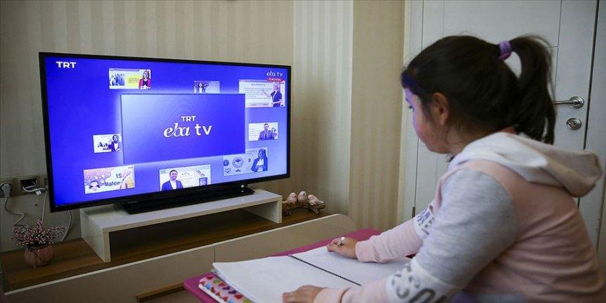 TRT EBA Televizyonu'nda yaz döneminde yabancı dil ile ilgili çalışmalar yer alacak