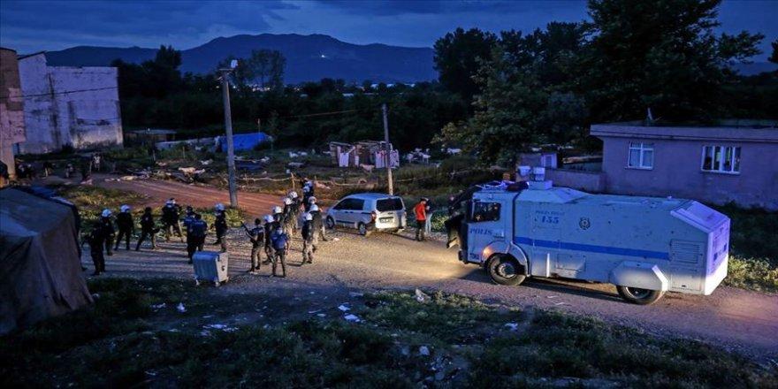İki grup arasında çıkan çatışmada bir polis memuru şehit oldu