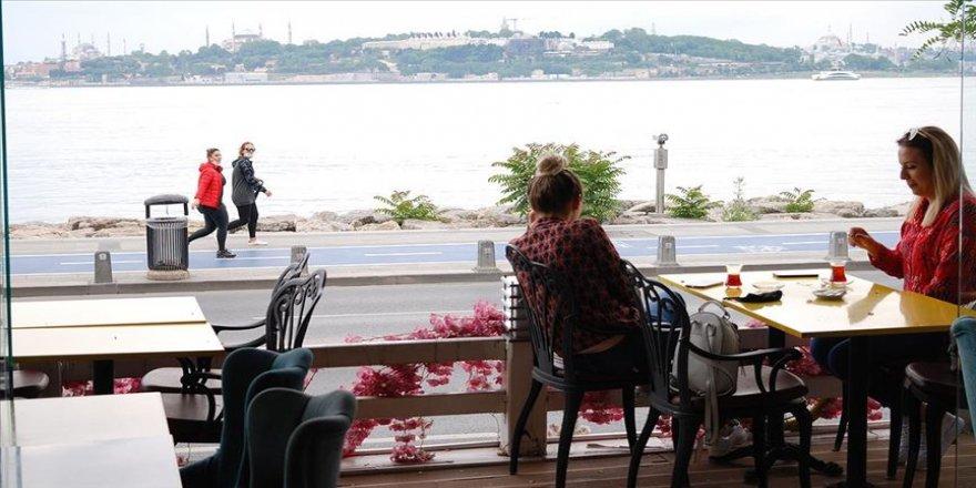 İstanbul'da kontrollü normale dönüşün ilk günü