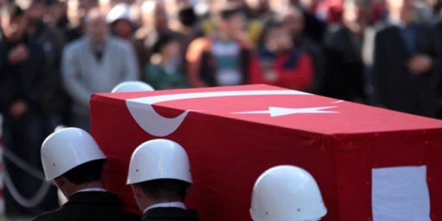 Zırhlı araç uçuruma yuvarlandı: 2 askerimiz şehit oldu, 7 askerimiz de yaralandı