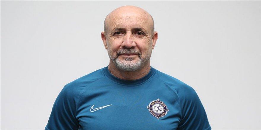 Osmanlıspor'un yeni teknik direktörü Güneş: Oyuncularımızla beraber çok iyi işler yapacağımıza inanıyorum