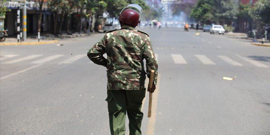 Kenya'da güvenlik güçleri, sokağa çıkma yasağına uymayan 15 sivili öldürdü