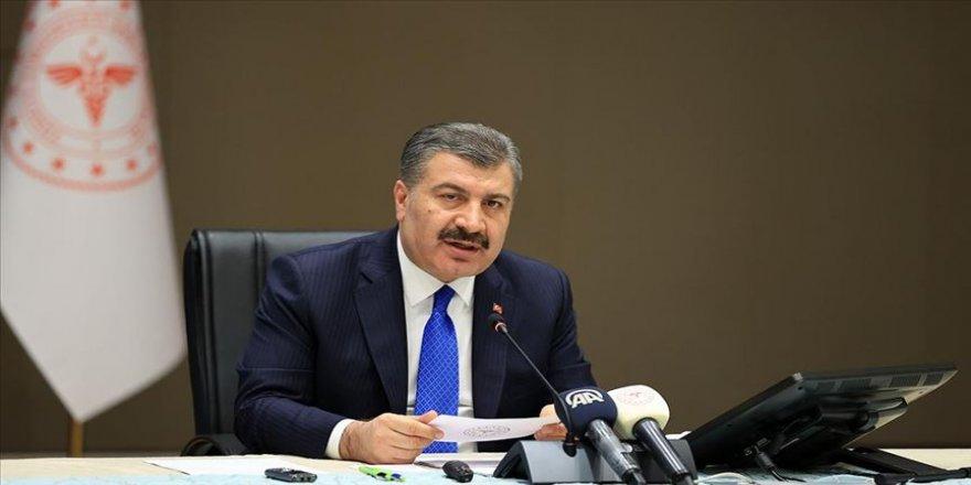 Sağlık Bakanı Koca salgın sürecinde 'en güvenilir bilgi kaynağı' çıktı