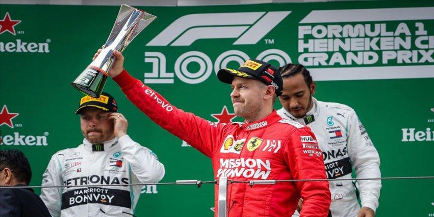 Mercedes F1 Takımı, Vettel'e açık kapı bıraktı
