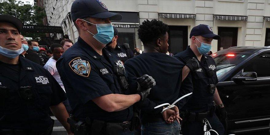 ABD'de Floyd için düzenlenen gösterilerde gözaltı sayısı 10 bini geçti