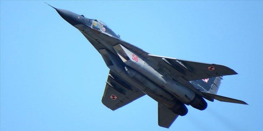 Rusya Esed rejimine MİG-29 savaş uçakları verdi