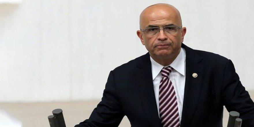 Milletvekilliği Düşürülerek Dün Tutuklanan Enis Berberoğlu cezaevinden çıktı