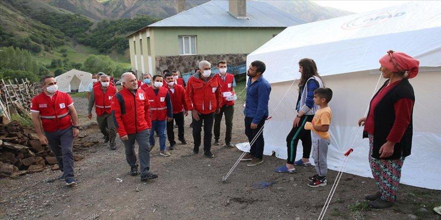 Türk Kızılay Genel Başkanı Kınık: Depremden etkilenen tüm köylerimizde temel ihtiyaçlar karşılanıyor