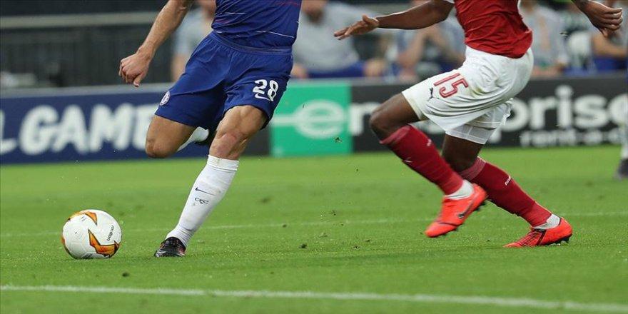 İngiltere Premier Lig'de 100 gün sonra perde açılıyor