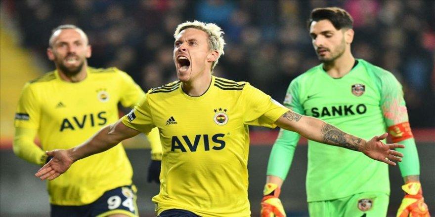 Fenerbahçe'den Max Kruse'ye 'geçmiş olsun' mesajı