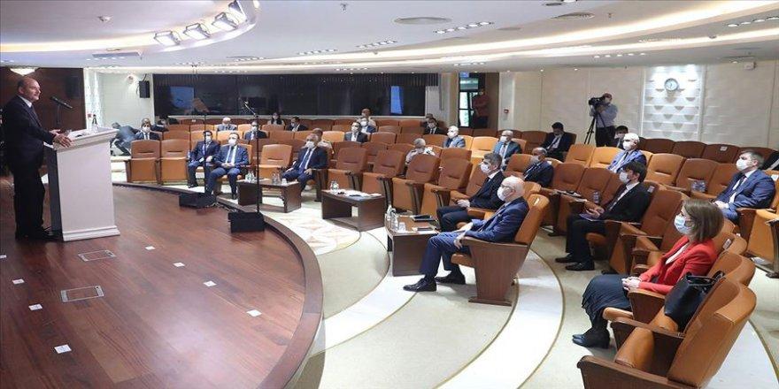 İçişleri Bakanı Soylu, ilk kez atanan valilerle toplantı yaptı