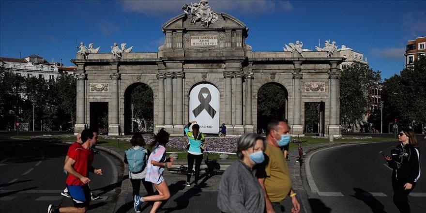 AB başkanları, Kovid-19 kurbanlarını anmak için İspanya'ya gidecek