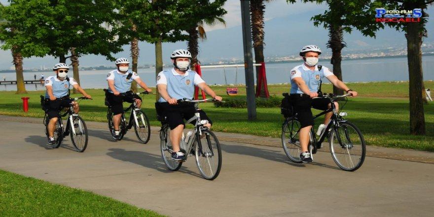 Kocaeli'nin iki ilçesinde bisikletli polis timleri göreve başladı
