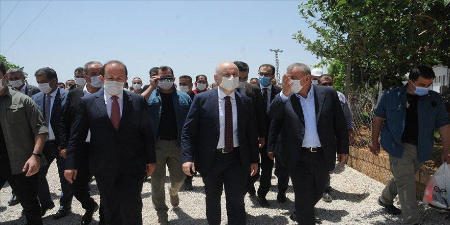 Bakan Karaismailoğlu Cizre'de incelemelerde bulundu
