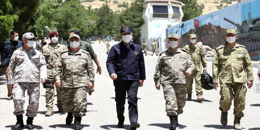 Akar ve TSK'nın komuta kademesi sınır bölgesinde