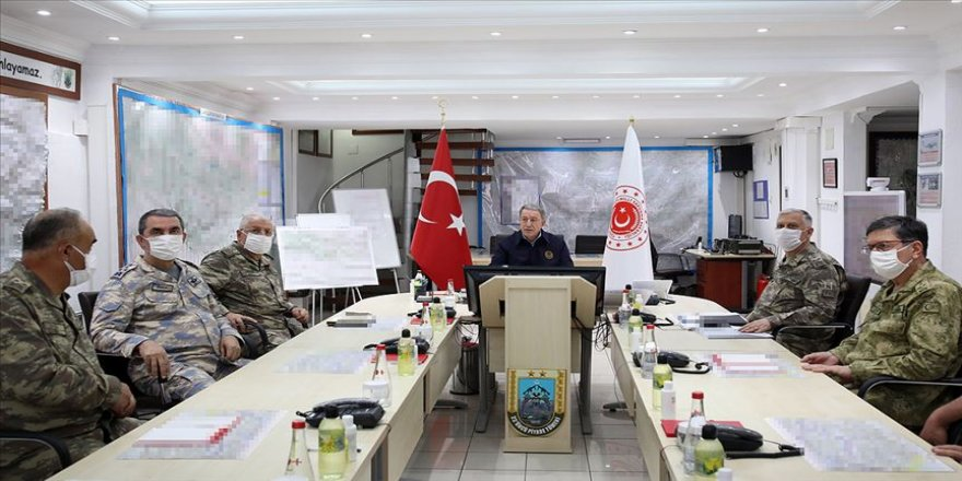 Milli Savunma Bakanı Akar: 700'den fazla hedef vuruldu