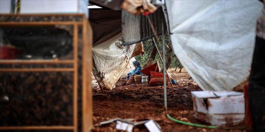 İdlib'de sağanak 3 can aldı