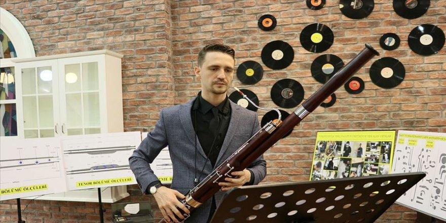 Ukraynalı müzisyen Türk ustaların yaptığı parçalarla 'fagot' üretti