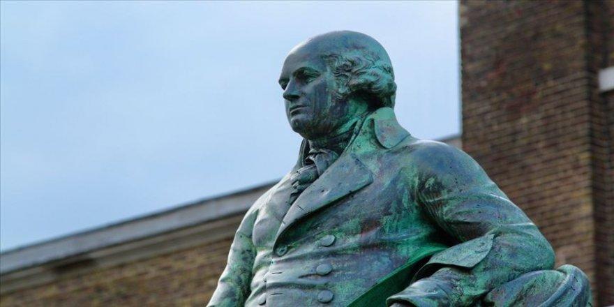 Floyd'a adalet isteyenler, ABD ve Avrupa'da kölelik ve sömürgecilik sembollerini yıkıyor