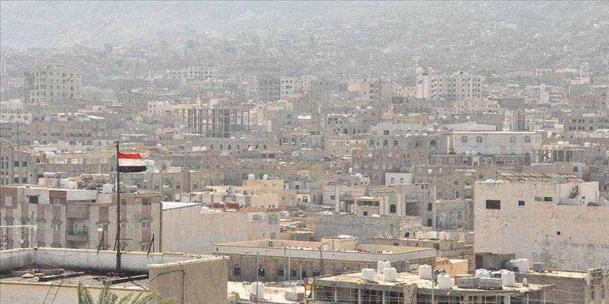 Sokotra Valisi Mahrus: Suudi Arabistan, Güney Geçiş Konseyi'nin kenti ele geçirmesine izin verdi