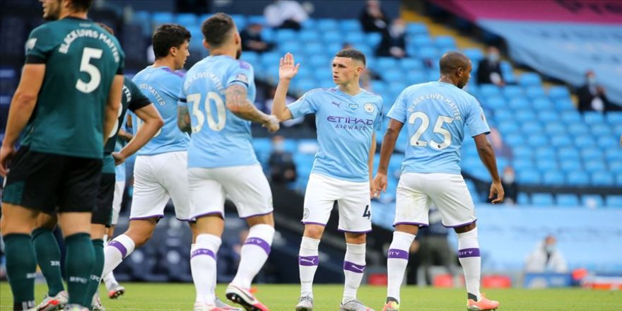 Manchester City, Burnley'i 5 golle geçti
