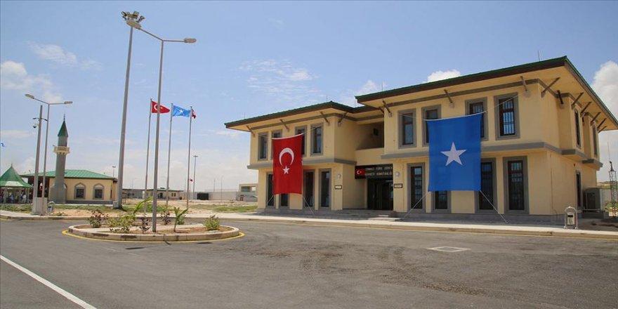 Somali'de Türk askeri eğitim üssünü hedef alan intihar eylemi son anda önlendi